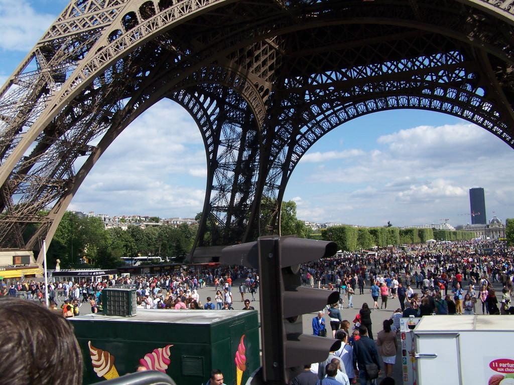 Fronta na Eiffelovu věž